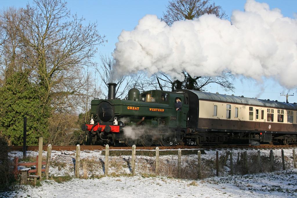 snowy-train